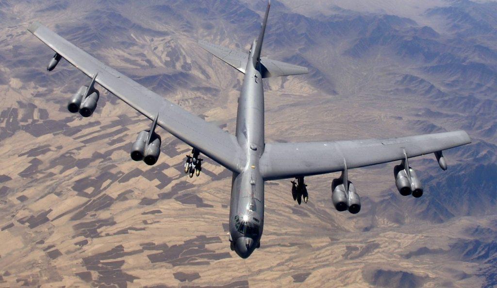фото б-52 самолет